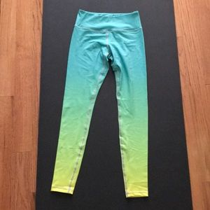 NWOT Flexi Lexi ombré yoga leggings size S